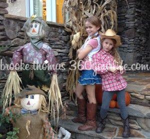 Cowgirls Reagan and Riley